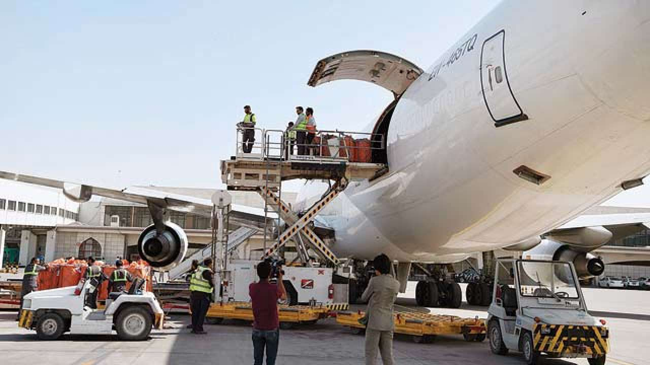 FedEx Notification Delay in package retrieval of import shipments at Mumbai Airport, India