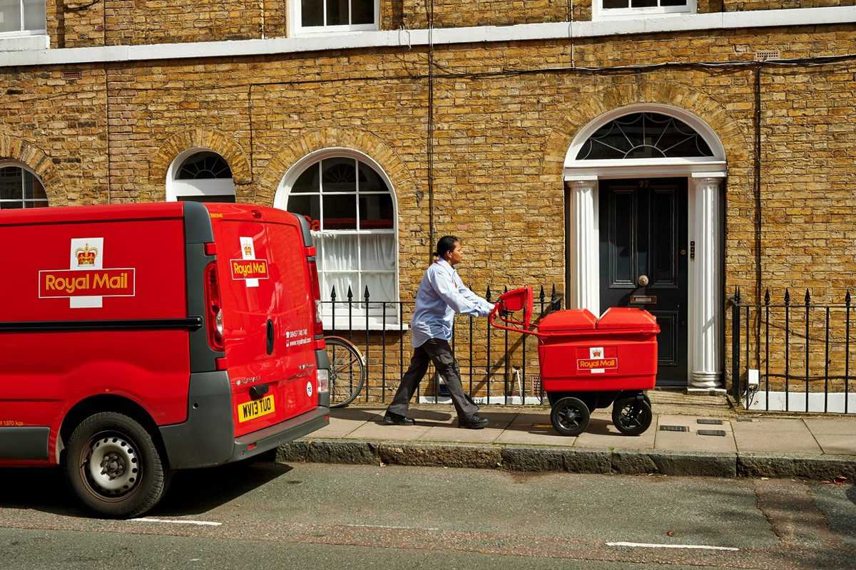 Royal Mail launch new doorstep parcel pick-up service across the UK - www.epostbook.com
